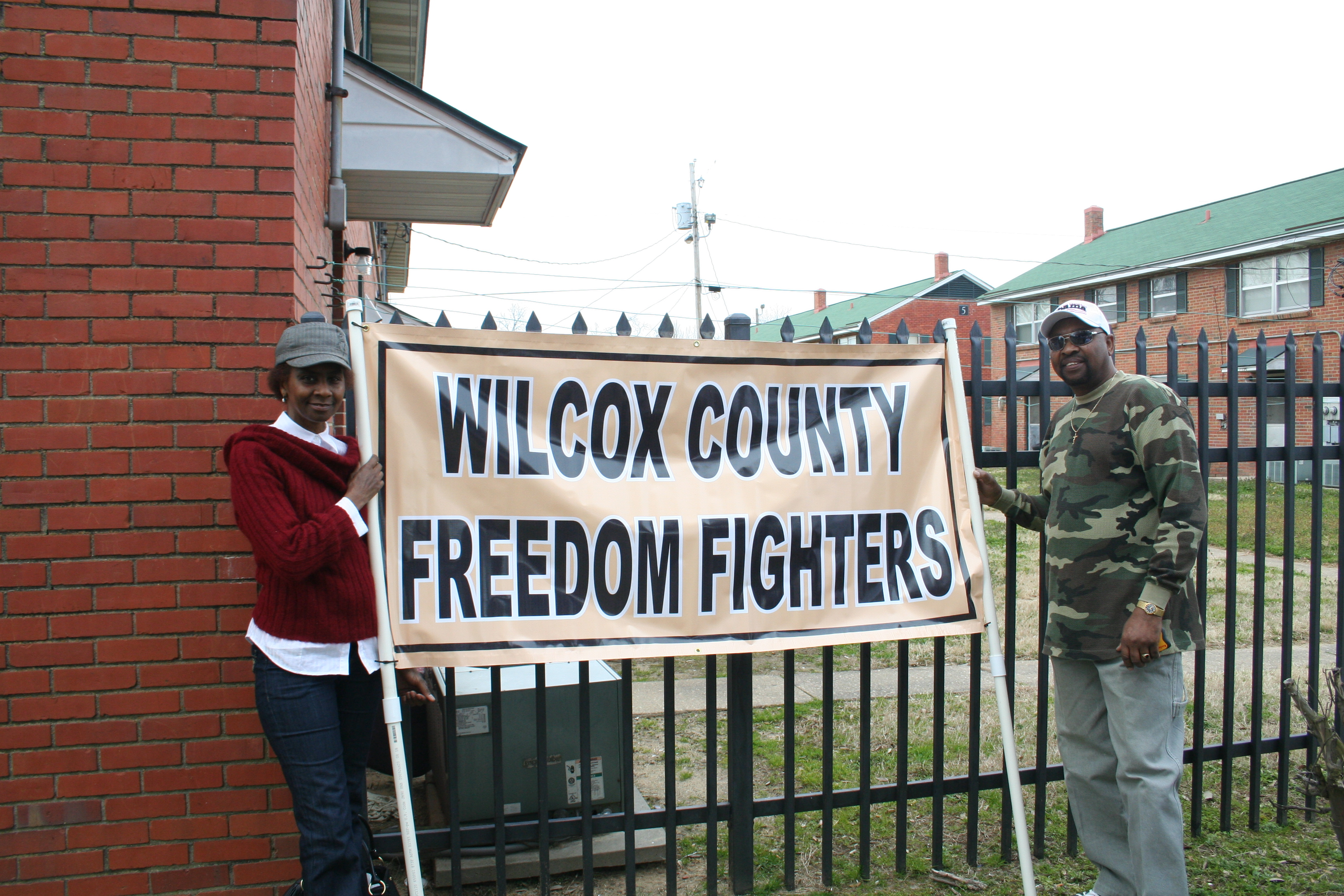 Alabama wilcox county catherine - Betty Anderson And Robert Powell With Banner 2010